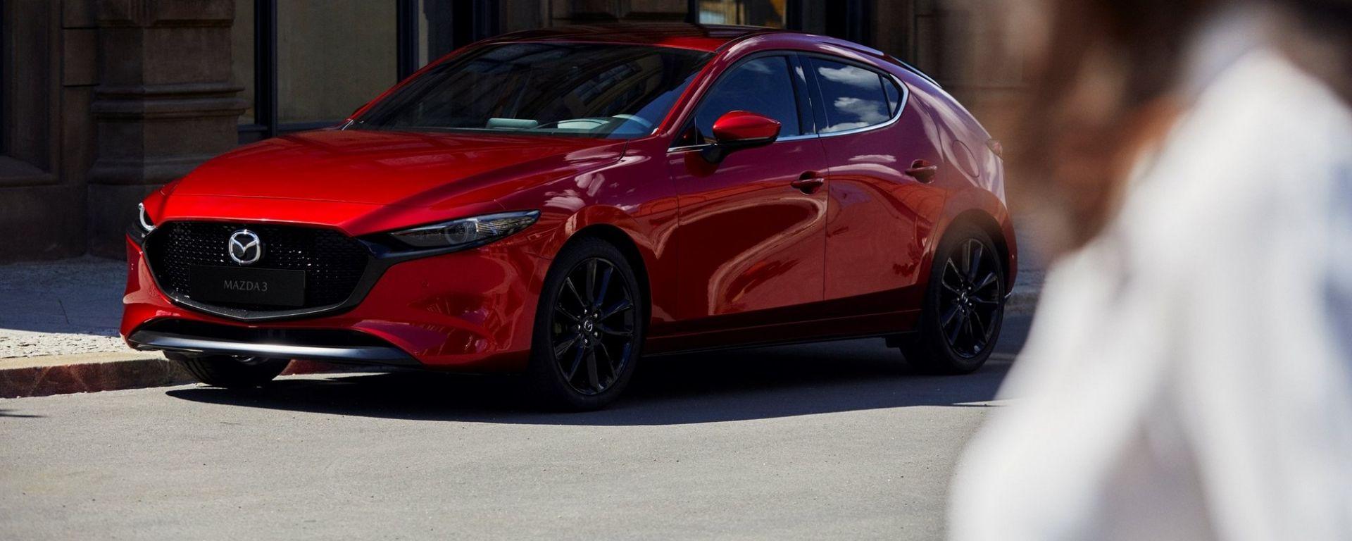 Nuova Mazda3 2019: vista 3/4 anteriore