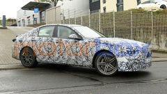 Nuova Mercedes-AMG C63: i maggiori cambiamenti sono nel frontale e al posteriore