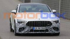 Nuova Mercedes-AMG GT 4: le foto spia del restyling