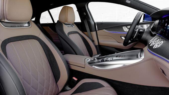 Nuova Mercedes-AMG GT Coupé4 43 4Matic+: particolare degli interni