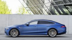 Nuova Mercedes-AMG GT Coupé4 43 4Matic+: visuale laterale