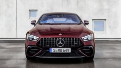 Nuova Mercedes-AMG GT Coupé4 53 4Matic+: visuale frontale
