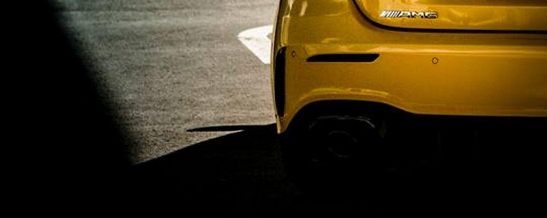 Nuova Mercedes Classe A 35 AMG, il teaser del posteriore