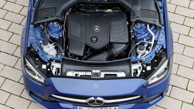 Nuova Mercedes Classe C 2021: motori 4 cilindri turbo mild hybrid e plug-in hybrid