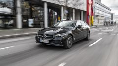 Nuova Mercedes Classe C berlina e sw: la berlina su strada