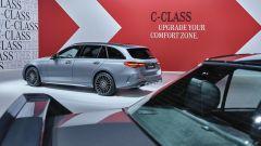 Nuova Mercedes Classe C berlina e sw: la station wagon vista da dietro