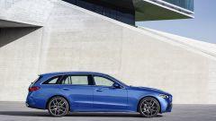Nuova Mercedes Classe C berlina e sw: la vista laterale