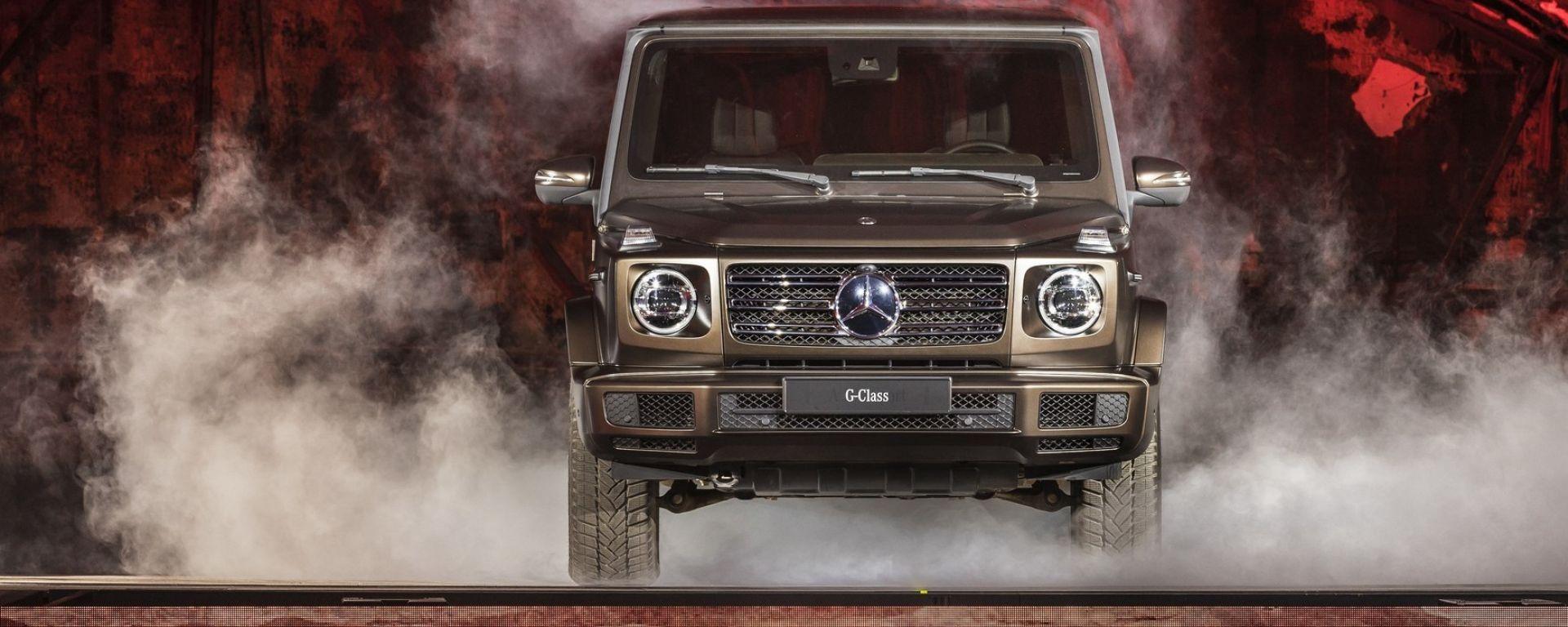 Nuova Mercedes Classe G 2018: dentro al rustico c'è un salotto