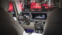 Nuova Mercedes Classe G 2018: dentro al rustico c'è un salotto - Immagine: 3