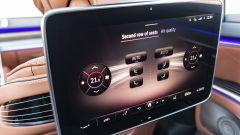 Nuova Mercedes Classe S: il display posteriore per la gestione dell'infotainmnent