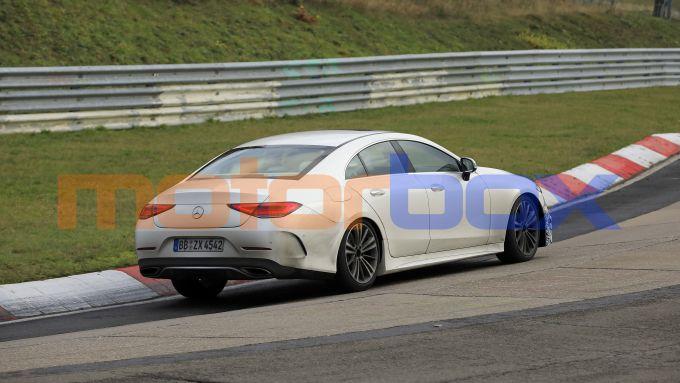 Nuova Mercedes CLS 2021: i muletti in pista per macinare chilometri