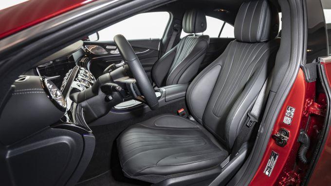 Nuova Mercedes CLS 2021: i sedili anteriori super regolabili elettricamente