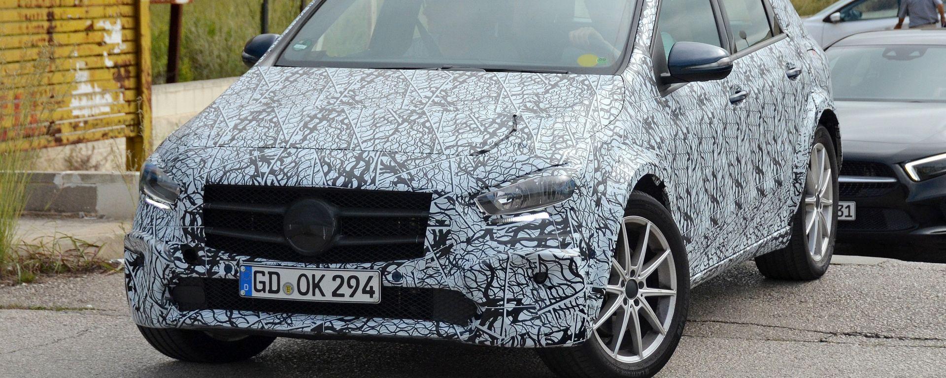 Mercedes EQB: la nuova Classe B diventa elettrica