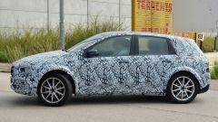 Mercedes EQB: la nuova Classe B diventa elettrica - Immagine: 5