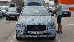 Mercedes EQB: la nuova Classe B diventa elettrica - Immagine: 8