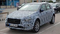 Mercedes EQB: la nuova Classe B diventa elettrica - Immagine: 10