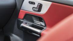 Nuova Mercedes GLA dettaglio interno in rosso