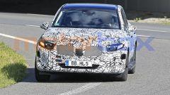 Nuova Mercedes GLC 2022: ancora pesanti le camuffature sul frontale
