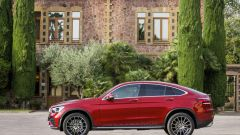 Nuova Mercedes GLC Coupé, vista laterale