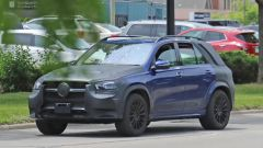 Nuova Mercedes GLE 2019: eccola senza camuffature - Immagine: 15