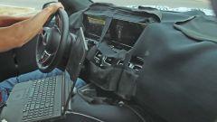 Nuova Mercedes GLS: le immagini spia degli interni - Immagine: 1