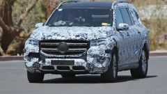 Nuova Mercedes GLS: le immagini spia degli interni - Immagine: 3