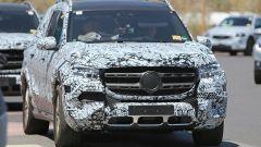 Nuova Mercedes GLS: le immagini spia degli interni - Immagine: 4