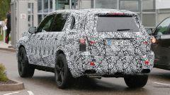 Nuova Mercedes GLS: le immagini spia degli interni - Immagine: 5