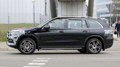 Nuova Mercedes GLS 2020: vista laterale