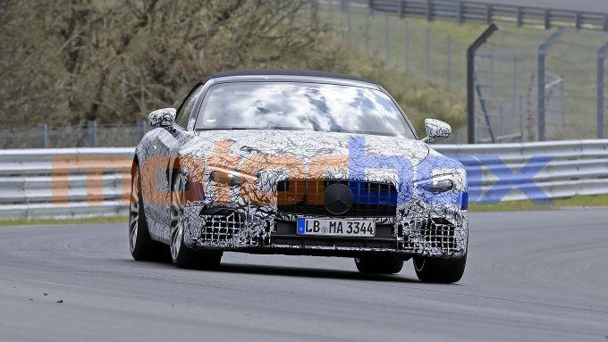 Nuova Mercedes SL 2021: sviluppata da AMG con motori ibridi fino a 800 CV