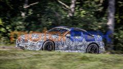 Nuova Mercedes SL Roadster 2022: monterà una capote in tela