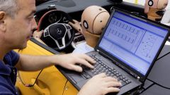 La Mercedes SLK 2011 in 66 nuove immagini in HD - Immagine: 144