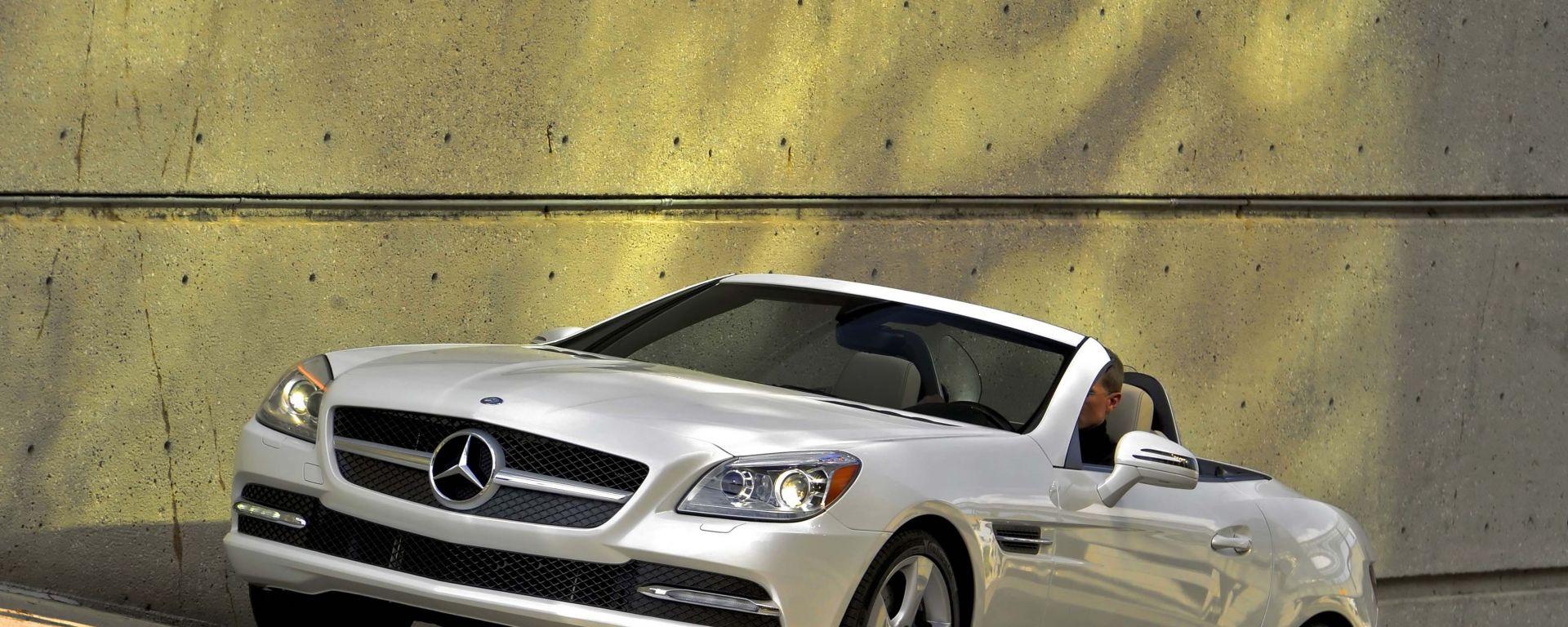 La Mercedes SLK 2011 in 66 nuove immagini in HD