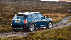 Nuova Mini Countryman: vista 3/4 posteriore