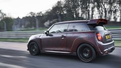 Nuova Mini John Cooper Works GP 2020: vista 3/4 posteriore