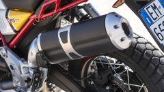 Nuova Moto Guzzi V85 TT 2019, lo scarico