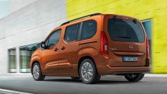 Opel Combo-e Life, elettrica anche la versione da famiglia - Immagine: 3