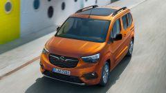 Opel Combo-e Life, elettrica anche la versione da famiglia - Immagine: 4