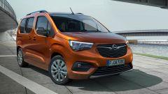Opel Combo-e Life, elettrica anche la versione da famiglia - Immagine: 5