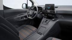 Opel Combo-e Life, elettrica anche la versione da famiglia - Immagine: 6