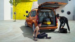 Opel Combo-e Life, elettrica anche la versione da famiglia - Immagine: 7