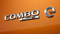 Opel Combo-e Life, elettrica anche la versione da famiglia - Immagine: 9