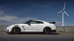 Nuova Nissan GT-R Nismo, 600 cv di potenza ultraleggera - Immagine: 10