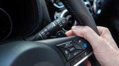 Nuova Nissan Juke 2020: dettaglio del volante