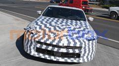 Nuova Nissan Z: il muletto sotto copertura. Lancio previsto per il 2022