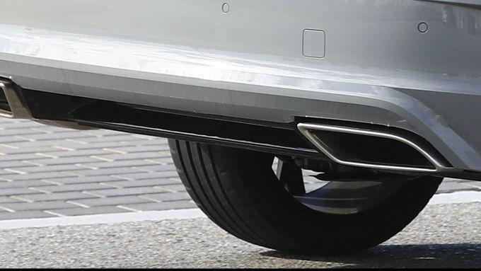 Nuova Octavia iV RS: le luci a LED coperte da una camuffatura?