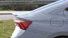 Nuova Octavia iV RS: lo spoiler posteriore attaccato con il nastro adesivo