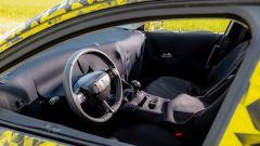 Nuova Opel Astra 2021: del posto guida si vede praticamente solo il volante