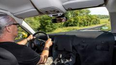Nuova Opel Astra 2021: gli interni ben camuffati