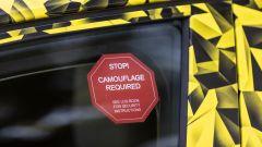 Nuova Opel Astra 2021: le camuffature dei test